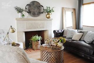 Brass vase decor idea