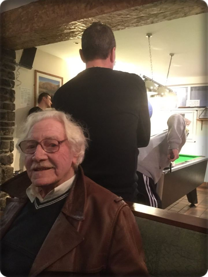 inside the Southgate pub