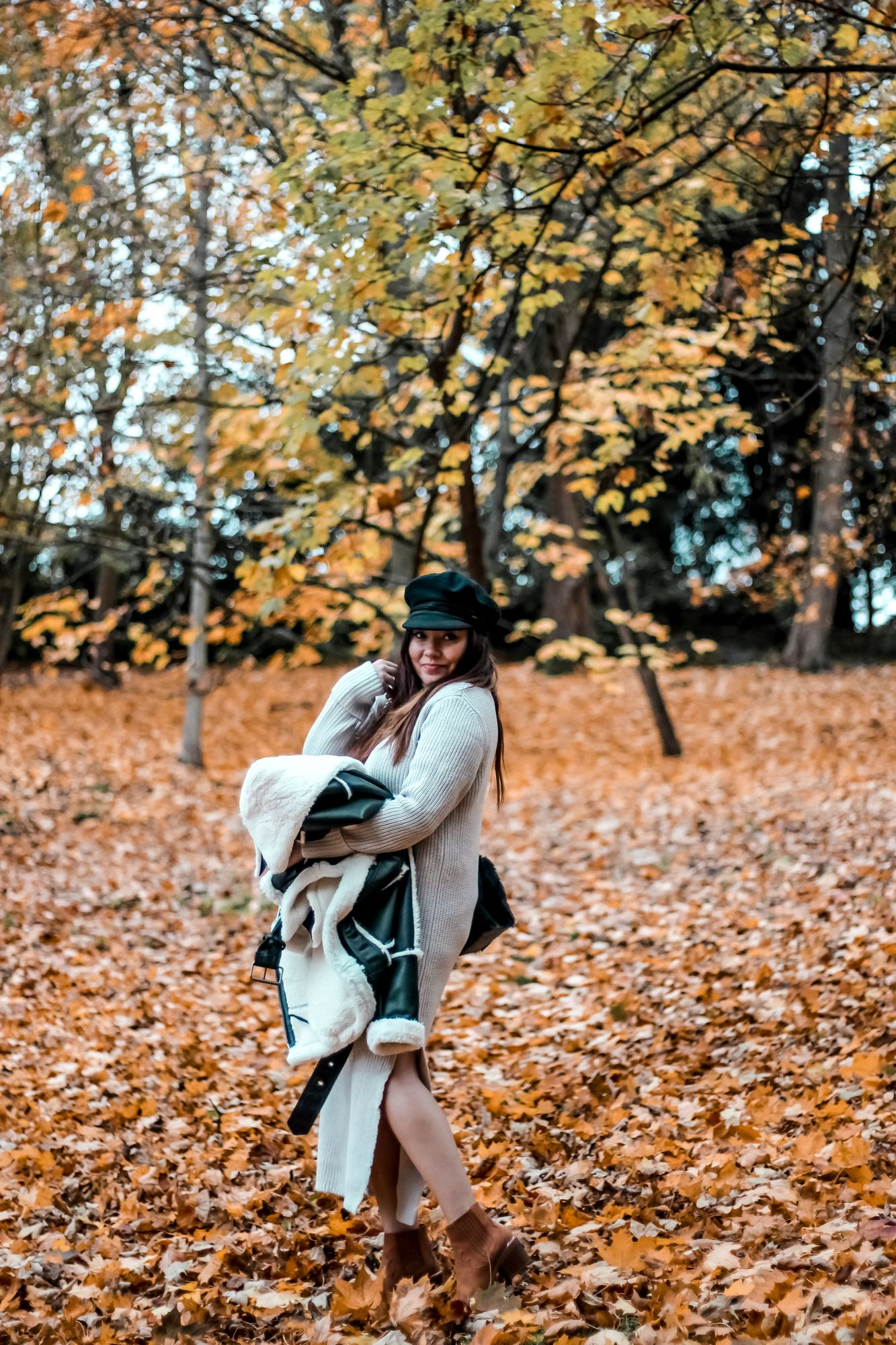 blog mode, the green ananas, fall, automn, feuilles automne, casquette marin, asos, pinterest, blogueuse mode, robe laine, robe pull, fall, santiags, stradivarius, bershka