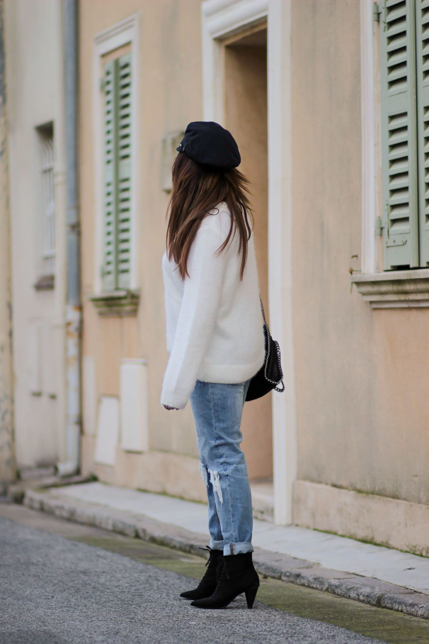 the green ananas, blog mode, hm, mango, saint james, pull femme, bottines lacets talons, casquette marin, jean zara, falabella, stella mccartney, back to basic jean pull bottines & casquette marin