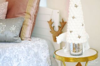 Holiday decor kids room