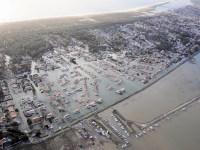 Vue aérienne des communes de la Faute sur mer et L'aiguillon sur mer dimanche après le passage de la tempête Xy