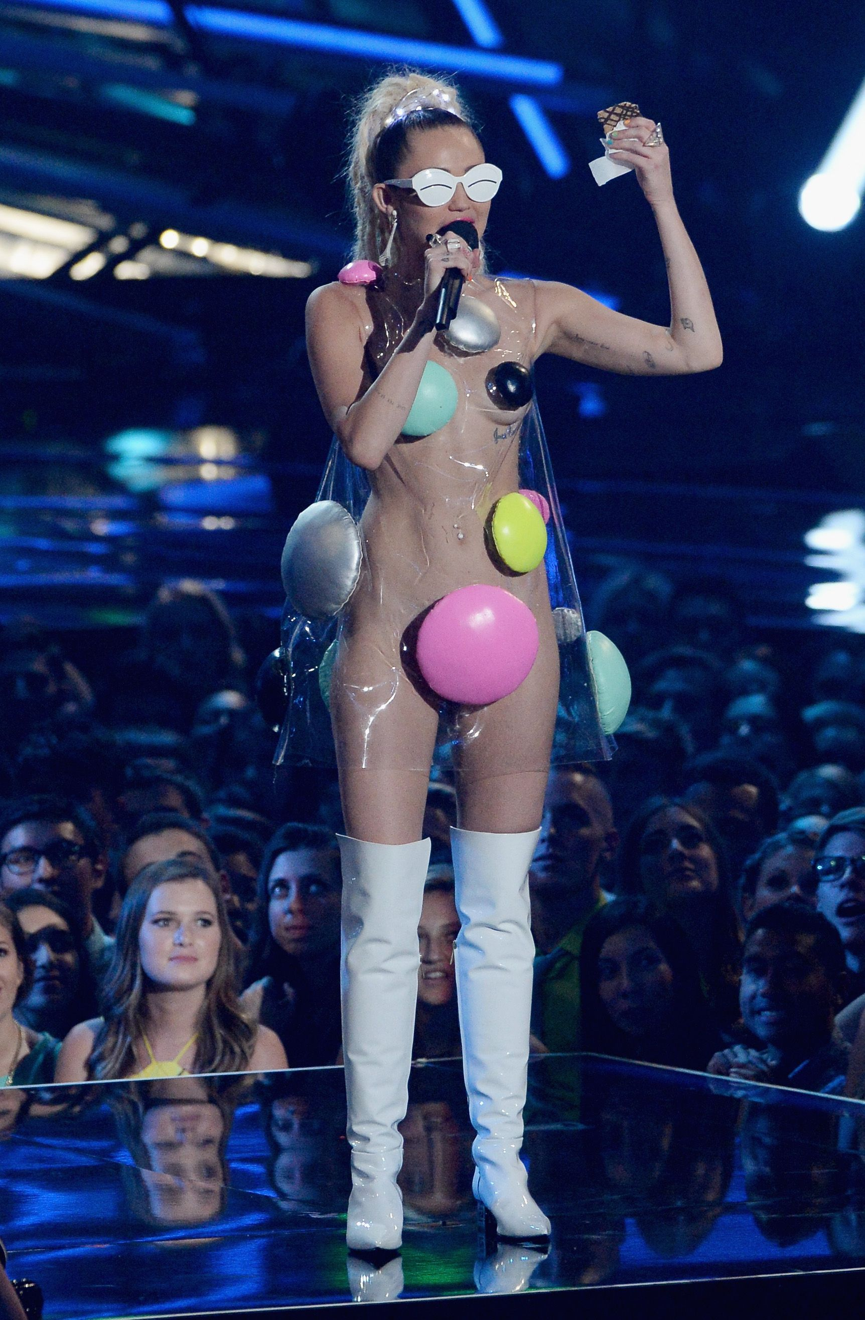 LOS ANGELES, CA - AUGUST 30: Host Miley Cyrus speaks onstage during the 2015 MTV Video Music Awards at Microsoft Theater on August 30, 2015 in Los Angeles, California. (Photo by Lester Cohen/WireImage)