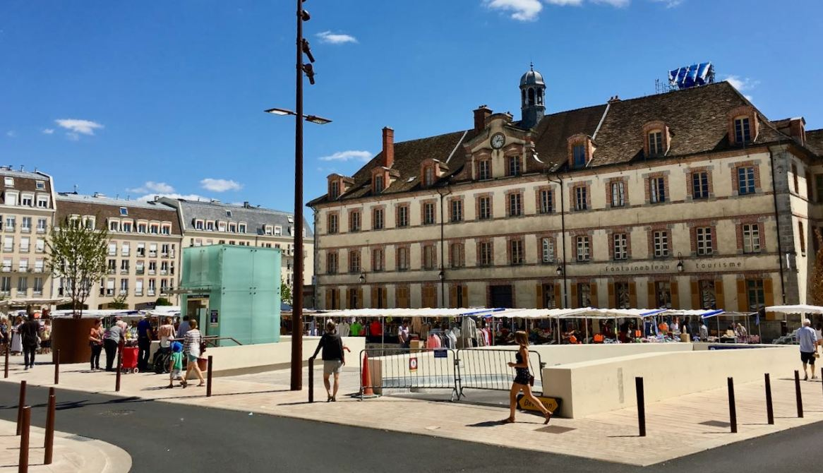 Fontainebleau, place de la République, 2017 (photo AG).