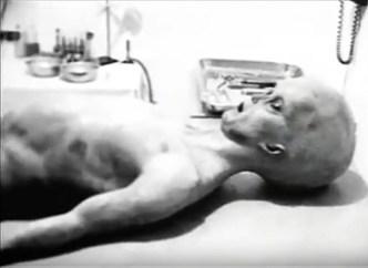 Ray Santilli, Alien Autopsy, v. 1990.