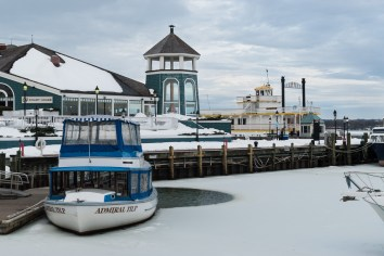 Wintry Dock, Old Town Waterfront. Nikon D200, 35mm 1.8 AF-S DX, ISO 200, f/6.3, 1/100 sec.
