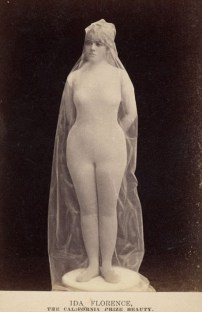 Vintage burlesque photos from the 1890s (13)