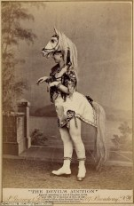 Vintage burlesque photos from the 1890s (4)