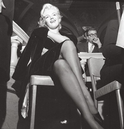 Marilyn Monroe & Laurence Olivier at a Press Conference at the Plaza Hotel, (16)