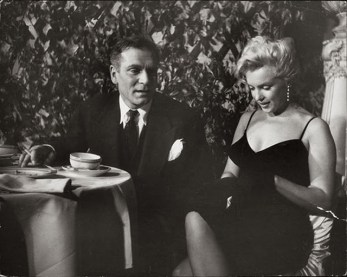 Marilyn Monroe & Laurence Olivier at a Press Conference at the Plaza Hotel, (8)