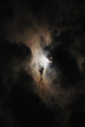 moon 130918-5783