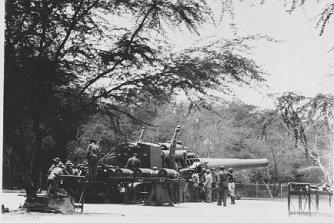 16-in_gun_BatteryWilliston_FortWeaver_1940