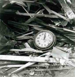 1960-Clock-Time_Stands_Still