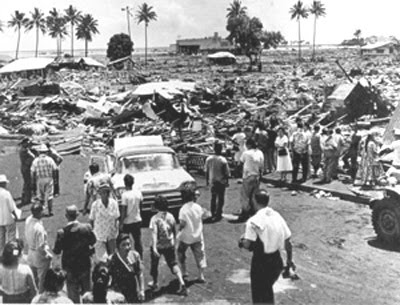 1960-Hilo-May 23, 1960. A huge tidal wave – a 50-footer