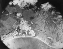 Aerial_view_BellowsField_(note_sugar_cultivation)-1942
