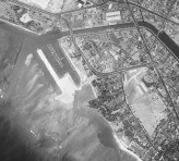 Ala_Wai-Channel_being_dredged-UH_Manoa-(2411)-1952-portion