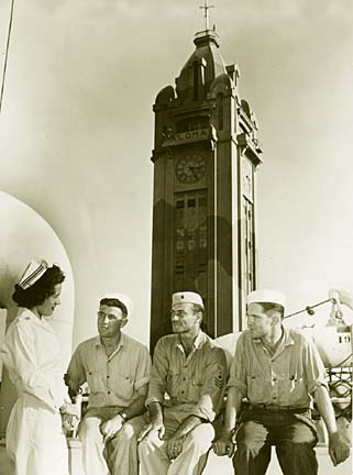 Aloha Tower 1946, camaflaged. Press release photo.