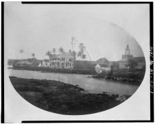 Bayside_view_of_Hulihee_Palace,_prior_to_1884