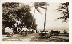 Cooke_House-remodeled in 1945 as Seaside Inn-remodeled in 1950 as Pau Hana Inn-1940