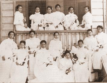 First Graduating Class of the Kamehameha School for Girls-(KSBE)-1897