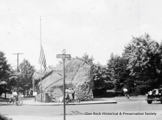 Glen Rock boulder-GRH&PS-1930s