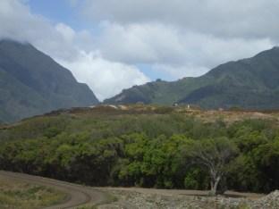 Haleki'i-Pihana_Heiau_State_Monument