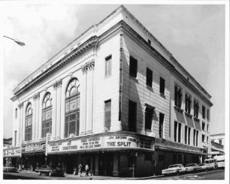 Hawaii-Theatre-(HawaiiTheatre-com)-circa-1960s