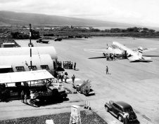 Hawaiian_Air-Kona_Airport-child