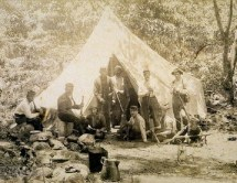 Hawaiian_Provisional_Government_Soldiers_camped_in_Kalalau_Valley,_Kauai