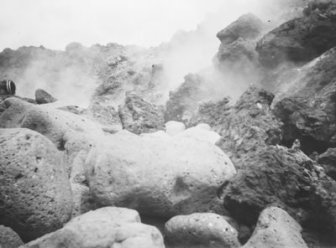 Hoopuloa -- June 21, 1926 (large boulders in foreground)-HMCS