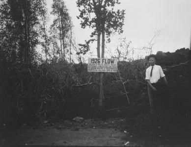 Hoopuloa -June 21, 1926 (man by sign -- 1926 flow)-HMCS
