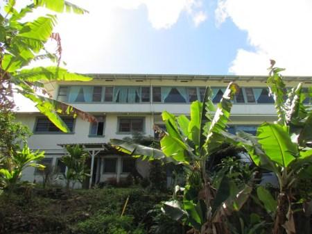 Hotel-Honokaa-Club-rear
