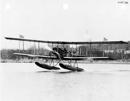In 1918 Maj Harold Clark & Sgt Robert Gray flew a Curtiss R-6 seaplane (similar to this) on the first flight from Oahu to Big Island
