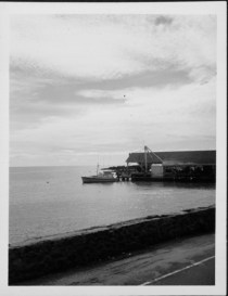 Kailua Wharf-PP-29-9-004-1950