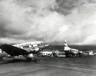 Kona Airport-(Machado)-1956