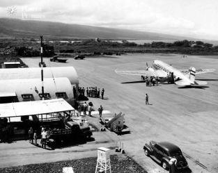 Kona_Airport-(Machado)-1950