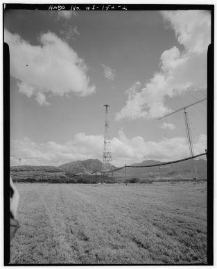 Lualualei Radio Transmitter-048253pv-LOC