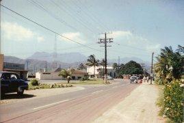 Mackay tower in background-Kailua Road towards the Center of town-(MKwiatkowski)