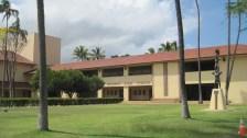 Maui-Baldwin-HS-frontlawn