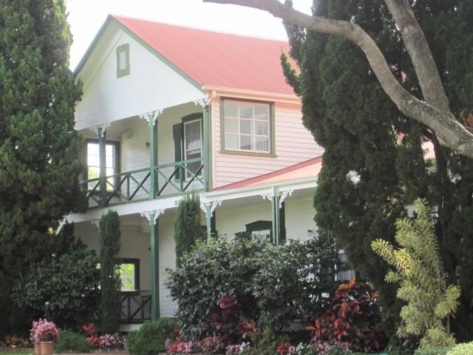 Maui-Makawao-Hardy_House-WC