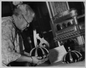 Mrs. Lahilahi Webb (1862-1949) setting up the royal crowns-PP-37-1-012-1936