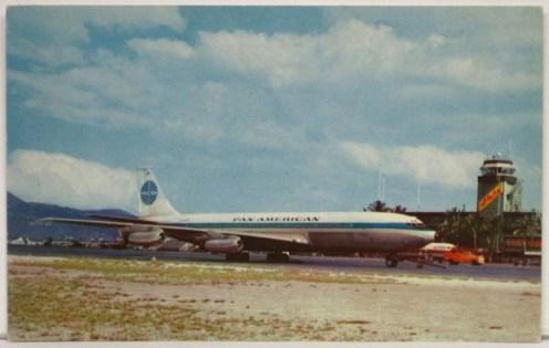 Pan_American-707-Aloha_Tower-EBay
