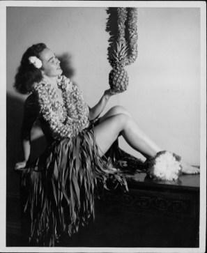 Pualani Mossman Avon, Hawaii Statehood promotion-PP-33-5-034-1947