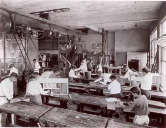 Punahou-Manual-Arts-Class--1924