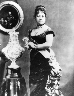 Queen_Emma_of_Hawaii_and_christening_font-WC