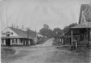 Waianuenue Street, Hilo, Hawaii from Hilo Landing-(HSA)-PPWD-5-2-007