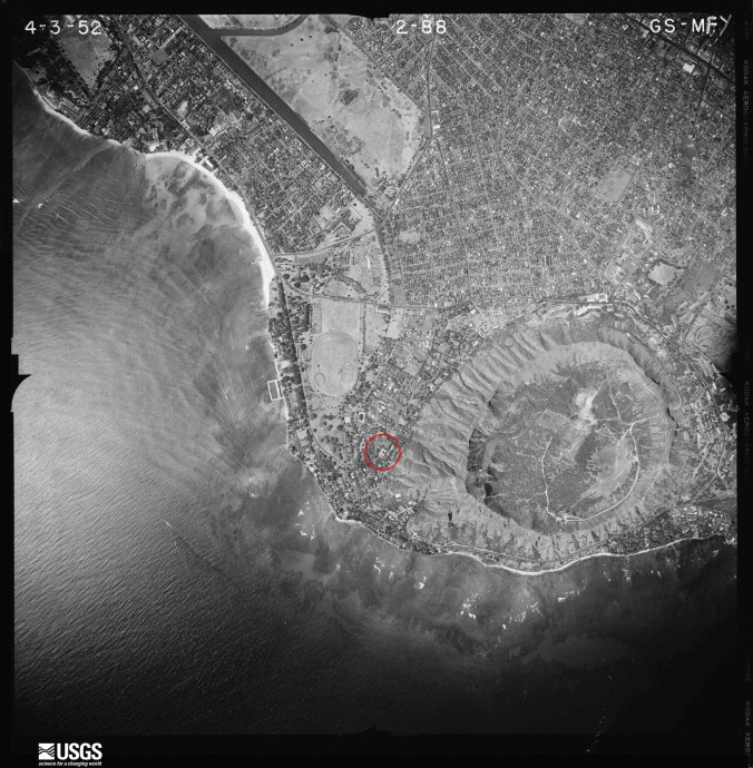 Waikiki-Diamond_Head-USGS-UH_Manoa-2420-1952-noting_La_Pietra-Papaenaena