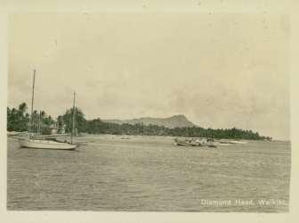 Waikiki_Beach-Boats-1935