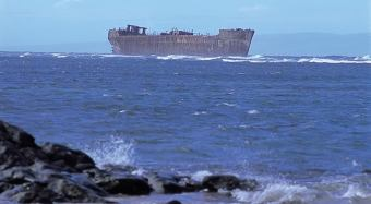 YOGN-42-Shipwreck Beach