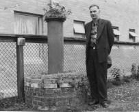 reber_transit_pedestal1955